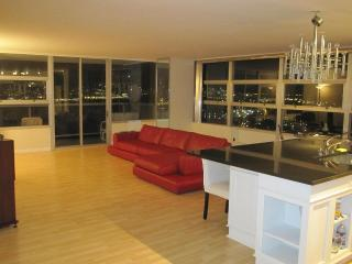 Luxury Super Bowl City Hudson Views 3 BED/BATH - West New York vacation rentals