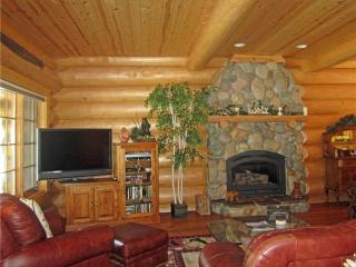 Grandiose Log Cabin Style Home, in Gated Community and Walking Distance to Lake Tahoe (ST60) - South Lake Tahoe vacation rentals