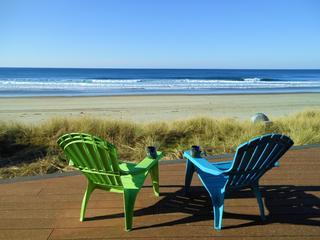 OCEANFRONT-Outstanding Views-Huge Ocean Front Deck, Pacific City