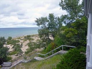 Beach Daze 121935 - Harbor Springs vacation rentals