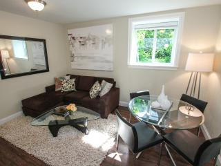 Great Location Vancouver 2 bed furnished apartment