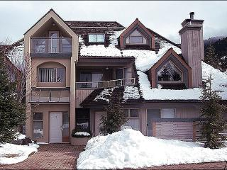 Next to a Golf Course and Valley Trail - Scenic Views and Spacious Layout (4020), Whistler