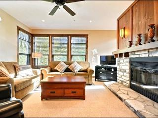 Newer Unit with Fabulous Views - Balcony with Gas Grill (6174), Mont Tremblant