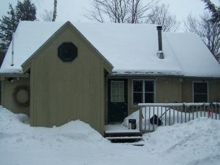 #202 Relax in your four season Moosehead Lake Vacation Rental, Greenville