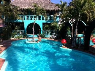 Exciting, Exotic, Secure - Bungalow Condessa, Barra de Potosi