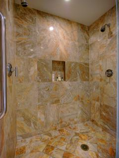 Giant master shower with dual shower head, so you can take a shower together in comfort!
