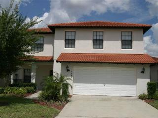 Unique two story villa w/ pool access - 16606LBL, Clermont