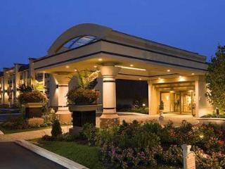 BEST WESTERN PREMIER Eden Resort & Suites - Lancaster vacation rentals