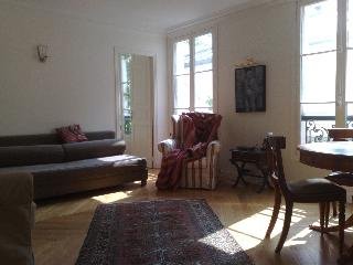 Romantic charm in the Marais - 3rd Arrondissement Temple vacation rentals
