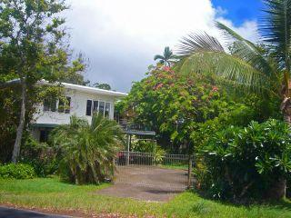 'Aussie' Beach Home, 50M to the sand, sea views. - Cairns vacation rentals