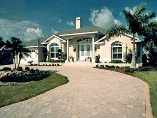 3 Bedroom Luxury Waterfront Home -  Beach Area - Port Charlotte vacation rentals