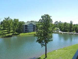 Lake & Golf View Condo at the Holiday Hills Resort - Branson vacation rentals
