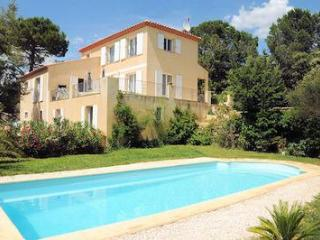 Big confortable villa 30 min. to the beaches 0032 - Castillon-du-Gard vacation rentals
