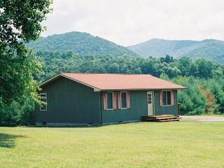 The Bungalow - Hiwassee vacation rentals