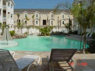 Newer Spacious TH nr Beach * Internet * Pool - Corpus Christi vacation rentals