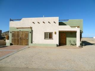 One car garage - Beach 5 min/2 pools/spa/tennis security 2B/2bth - San Felipe - rentals