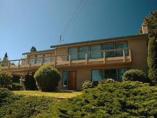 Sea Lion Lodge - Sooke vacation rentals