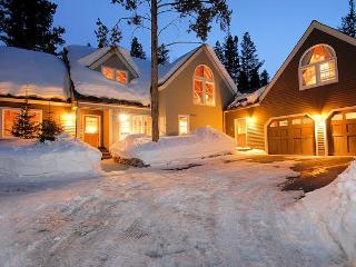 TPL - 600 yds to Peak 8, Trails, Free Shuttle - Breckenridge vacation rentals