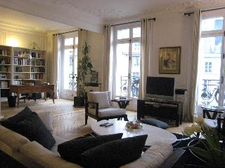 Luxury Vacation in Saint-Germain des Pres, Paris - 7th Arrondissement Palais-Bourbon vacation rentals