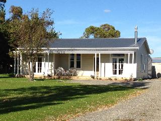 Idyllic Country Cottage - Martinborough vacation rentals
