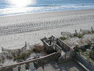 Oceanfront 3BR/2.5BA, Sleeps 10! Pool, WiFi, MORE - Garden City vacation rentals