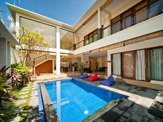Stylish 3 bedroom villa in trendy Seminyak - Sanur vacation rentals