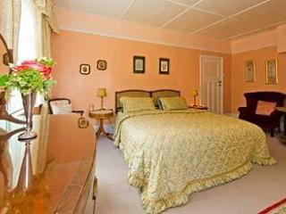 Bed and Breakfast at Crest Cottage - Fordingbridge vacation rentals