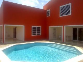 Best deal in Bonaire: with pool near town/beaches - Kralendijk vacation rentals