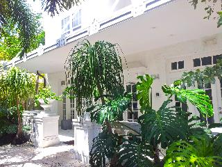 AMAZING 1bd in South Beach Art Deco with POOL, Miami Beach