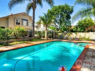Family Paradise with Private Pool, Oceanside