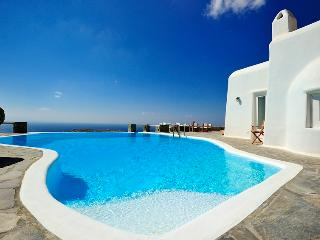 Orion Villa-Castle like villa in Mykonos with view, Mykonos Town