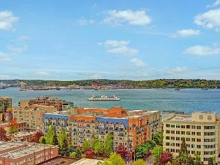 Belltown 1 bedroom on the 17th floor with stunning water views! - Seattle vacation rentals