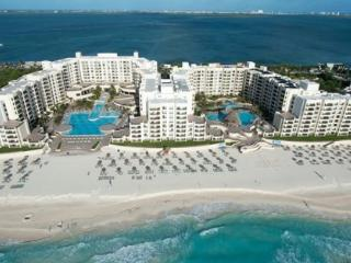 Discounted rates at The Royal Sands!, Cancun