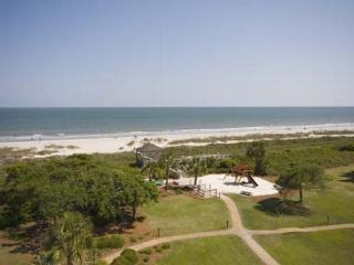 One of Most Incredible 2BR/2BA Villas on Hilton Head Magnificently Remodeled