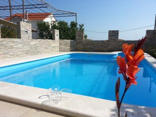 Holiday house with private pool 'Petra', Split