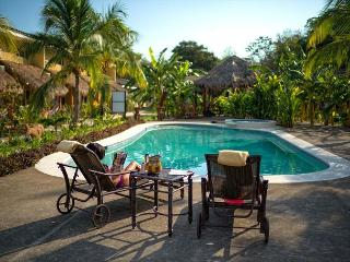 BRAND NEW LUXURY CONDO! 7 MINUTES FROM 7 BEACHES. BEST DEAL IN TOWN!, Playa Grande
