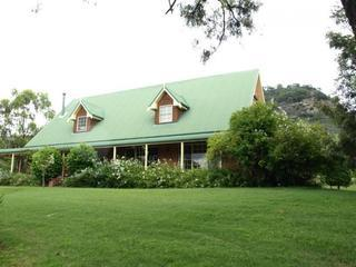 Green Gables Lodge, Hunter Valley - Broke vacation rentals