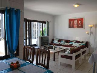 Cozy Beach Apartment In First Line, Puerto Del Carmen