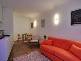 *MODERN APARTMENT IN THE FAMOUS MONTORGUEIL AREA* - Morzine vacation rentals