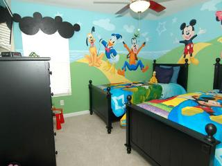 Themed Rooms, 3miles to Disney, Kissimmee