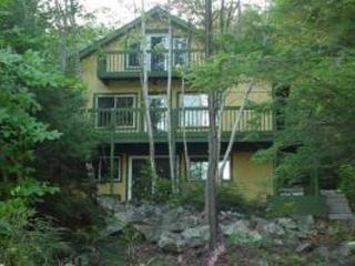 Lakefront Chalet On Pristine Lake/Nature Preserve, Granville