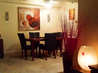 Cozy, Fully Equipped, 2BD by the Las Vegas Strip!