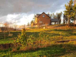 Galusha Hill Farm Lodge - a beautiful retreat, South Ryegate