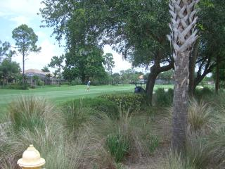 Naples Glen Eagle Golf Course Outstanding Condo with Sunset Views