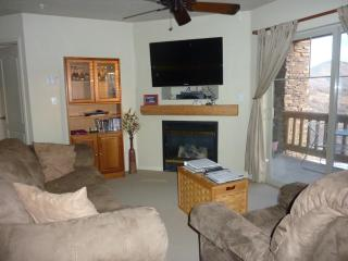 Ski Deer Valley and Stay at Fox Bay Condo, Heber City