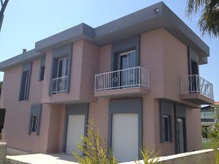 Comfy & relaxing family villa in Cesme - Great Location!, Alacati