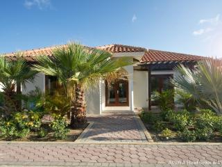Stylish 2-Bedroom Villa in Gated Community Resort - Curacao vacation rentals