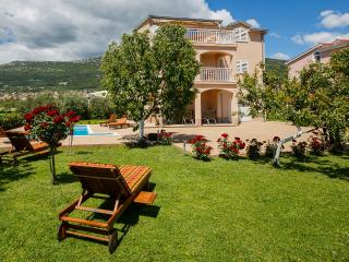 Villa Lucija with swimming pool near Trogir - Kastel Stari vacation rentals