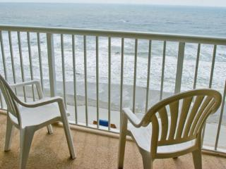 Ocean Front 2 Bedroom Westwinds Sleep 6, North Myrtle Beach