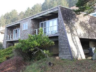 Deerfield Cottage - Lincoln City vacation rentals